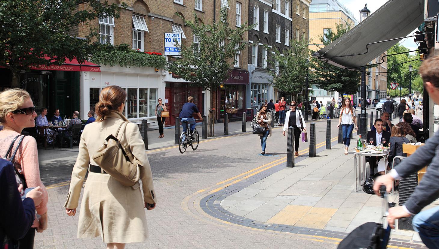 Lambs Conduit Street streetscene-1460